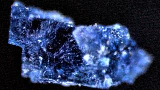 Νερό και οργανικά μόρια περιέχουν δύο μετεωρίτες που έπεσαν στη Γη το 1998