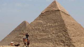 Θρόνος «εξωγήινης προέλευσης» κρυμμένος στη μυστηριώδη τρύπα στην Πυραμίδα του Χέοπα;