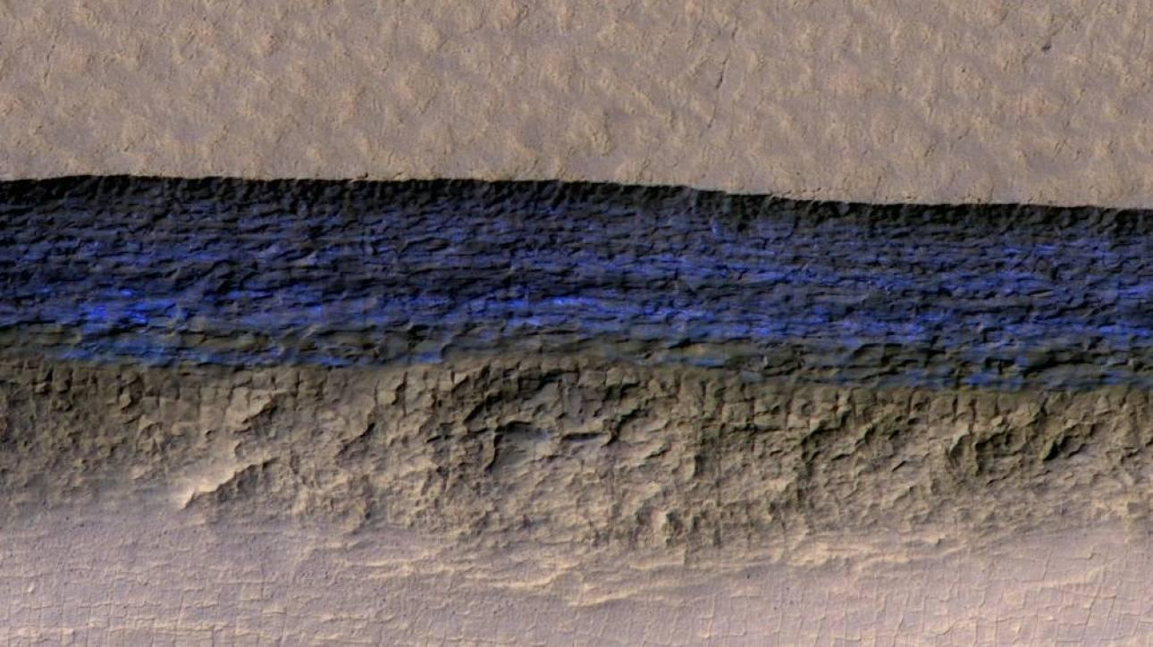 Τα μεγάλα αποθέματα πάγου που εντοπίστηκαν στον Άρη διευκολύνουν μελλοντική αποίκιση του πλανήτη