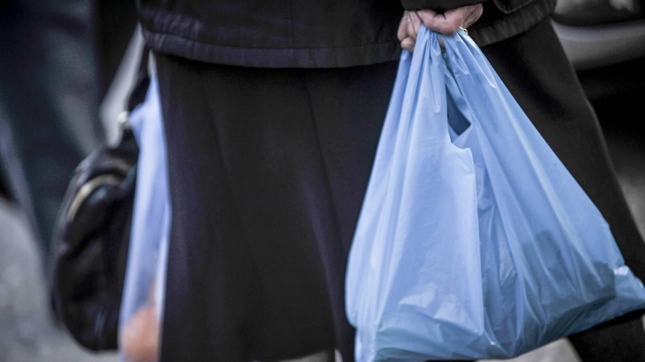Τι αλλάζει από τον Ιούνιο στις πλαστικές σακούλες