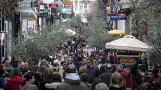 Χειμερινές εκπτώσεις: Ανοιχτά σήμερα τα καταστήματα