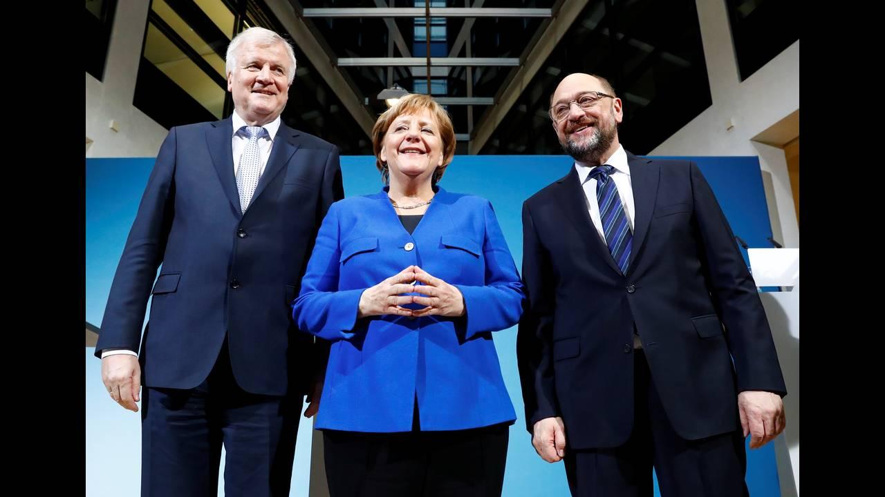 https://cdn.cnngreece.gr/media/news/2018/01/13/113326/photos/snapshot/2018-01-12T102903Z_1210422209_RC1C3585E890_RTRMADP_3_GERMANY-POLITICS.JPG