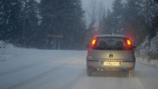 Χιόνια και παγετός στη Μακεδονία - Πού χρειάζονται αντιολισθητικές αλυσίδες