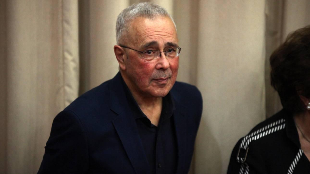 Επιστολή παραίτησης έστειλε στον πρωθυπουργό ο Κώστας Ζουράρις