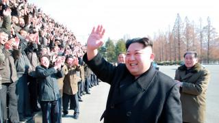 Νέο «άνοιγμα» Κιμ στη Νότια Κορέα για την έναρξη συνομιλιών