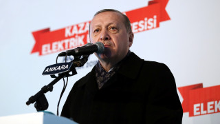 Ερντογάν: «Θα συντρίψουμε τον τρομοκρατικό στρατό Αμερικανών και Κούρδων στη Συρία»