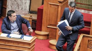 Σκληρό μπρα ντε φερ Τσίπρα-Μητσοτάκη για το πολυνομοσχέδιο