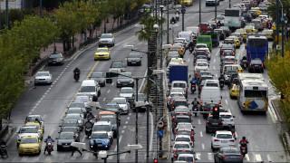 Αιχμάλωτοι στο μποτιλιάρισμα οι Έλληνες οδηγοί: Η κίνηση επέστρεψε στους δρόμους
