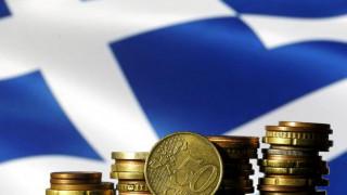 WSJ: Για την Ελλάδα υπάρχει, τελικά, φως στο τούνελ