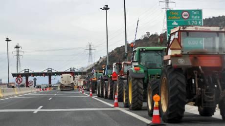 Μπλόκα αγροτών σε κομβικά σημεία εθνικών οδών την επόμενη βδομάδα