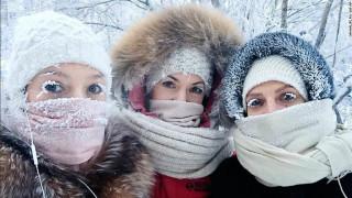 Το πολικό ψύχος στη Ρωσία παγώνει μέχρι και… βλεφαρίδες