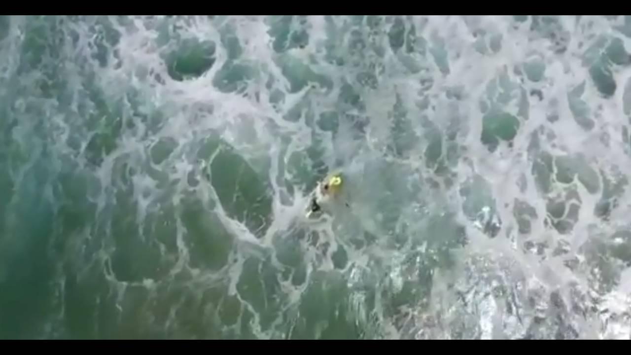 https://cdn.cnngreece.gr/media/news/2018/01/18/113948/photos/snapshot/ausswimmers3.jpg