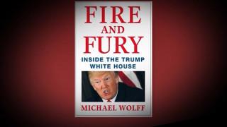 Τραμπ: Φωτιά και οργή από τα βιβλιοπωλεία στη μικρή οθόνη