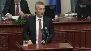 Μήνυμα Στόλτενμπεργκ στα Σκόπια: Αξιοποιήστε την ευκαιρία για επίλυση του ονοματολογικού