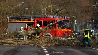 Έξι νεκροί και σοβαρά προβλήματα στη βόρεια Ευρώπη από την καταιγίδα Φρειδερίκη