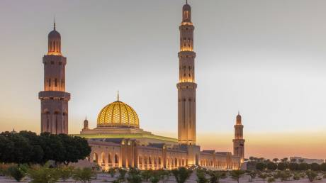Ταξίδι στο Ομάν: Μια «όαση» γαλήνης στη Μέση Ανατολή
