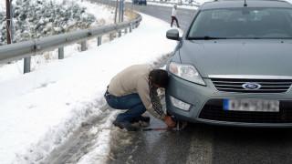 Απαραίτητες οι αντιολισθητικές αλυσίδες στο επαρχιακό δίκτυο προς το χιονοδρομικό Βόρας
