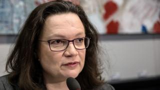 Νάλες προς βάση SPD: Σκεφτείτε τις συνέπειες του «όχι» στο μεγάλο συνασπισμό