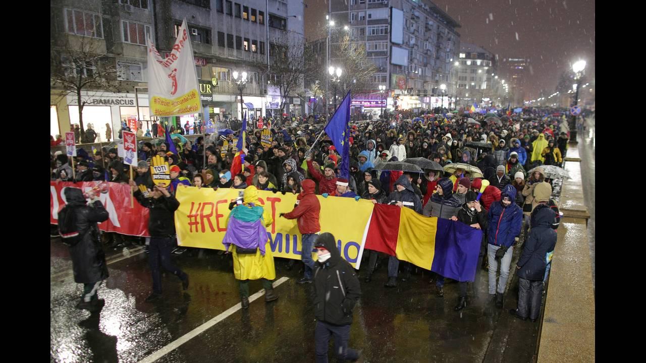https://cdn.cnngreece.gr/media/news/2018/01/20/114282/photos/snapshot/romania2.jpg