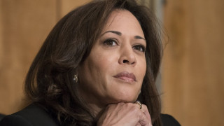 Καμάλα Χάρις: Η Αφροαμερικανίδα γερουσιαστής των Δημοκρατικών «φλερτάρει» με τον Λευκό Οίκο