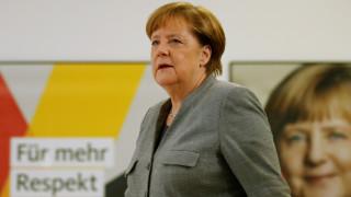Η Μέρκελ χαιρετίζει την απόφαση του SPD
