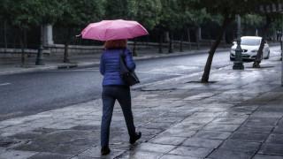 Καιρός: Νεφώσεις, βροχές και καταιγίδες τη Δευτέρα