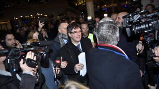 Καταλονία: Ο Κάρλες Πουτζντεμόν έλαβε πρόταση σχηματισμού κυβέρνησης