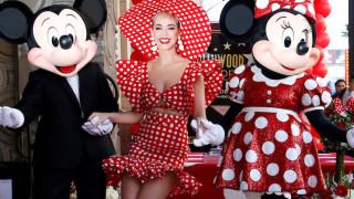 Η 90χρονη Minnie Mouse επιτέλους στη Λεωφόρο της Δόξας