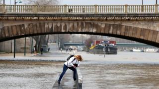 Γαλλία: Ανεβαίνει η στάθμη των υδάτων σε Σηκουάνα και Ρήνο