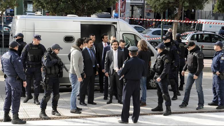 Νέο αίτημα για έκδοση των οκτώ στρατιωτικών υπέβαλε η Τουρκία