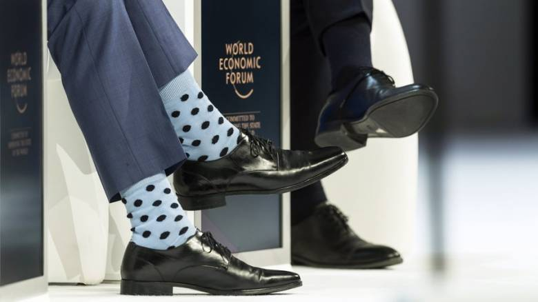 Νταβός: Οι κάλτσες Πρωθυπουργού που άφησαν άφωνους τους πάντες