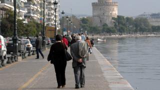 Δανεικά, νόμπελ και γαμπρούς: Αυτά ζητούν οι δημότες Θεσσαλονίκης στα δημαρχεία