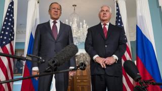 Επικοινωνία Τίλερσον – Λαβρόφ για Συρία, Βόρεια Κορέα και Ουκρανία