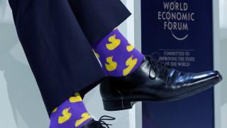 Άστραψαν (πάλι) τα φλας στο Νταβός: Ο Τριντό και οι κάλτσες του ξανά στο επίκεντρο!