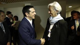 Λαγκάρντ σε Τσίπρα: Επιμένει στην ελάφρυνση του χρέους το ΔΝΤ