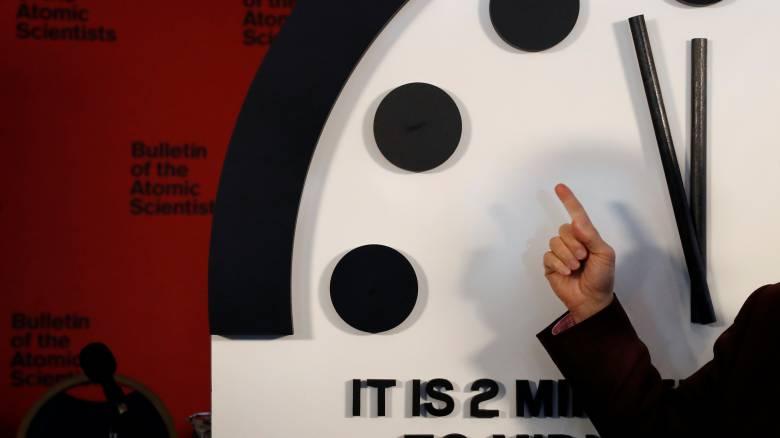Πιο κοντά στο τέλος του κόσμου; Το Ρολόι της Αποκάλυψης δείχνει δύο λεπτά από τα μεσάνυχτα