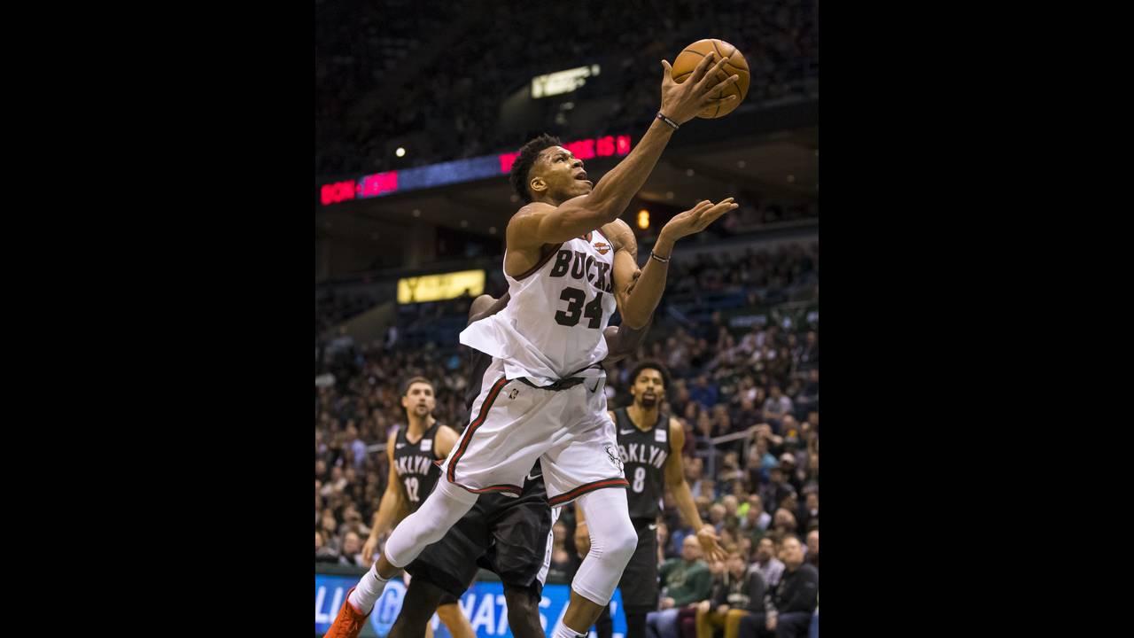 https://cdn.cnngreece.gr/media/news/2018/01/27/115134/photos/snapshot/2018-01-27T032951Z_369053587_NOCID_RTRMADP_3_NBA-BROOKLYN-NETS-AT-MILWAUKEE-BUCKS.JPG