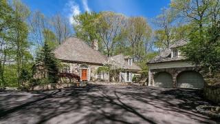 H Σίντι Λόπερ πούλησε το σπίτι που έζησε τρεις δεκαετίες