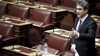 Λοβέρδος: Οι χειρισμοί της κυβέρνησης απομακρύνουν την λύση της ονομασίας της πΓΔΜ