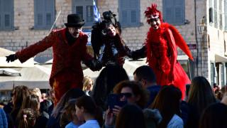 Με ξυλοπόδαρους, κρουστά και άρωμα Βενετίας η έναρξη του Τριωδίου στο Ναύπλιο