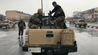 Επίθεση με ρουκέτες και πυροβολισμούς σε στρατιωτική ακαδημία του Αφγανιστάν