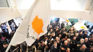 Προεδρικές εκλογές Κύπρου: Αναστασιάδης και Μαλάς στη μάχη του β' γύρου