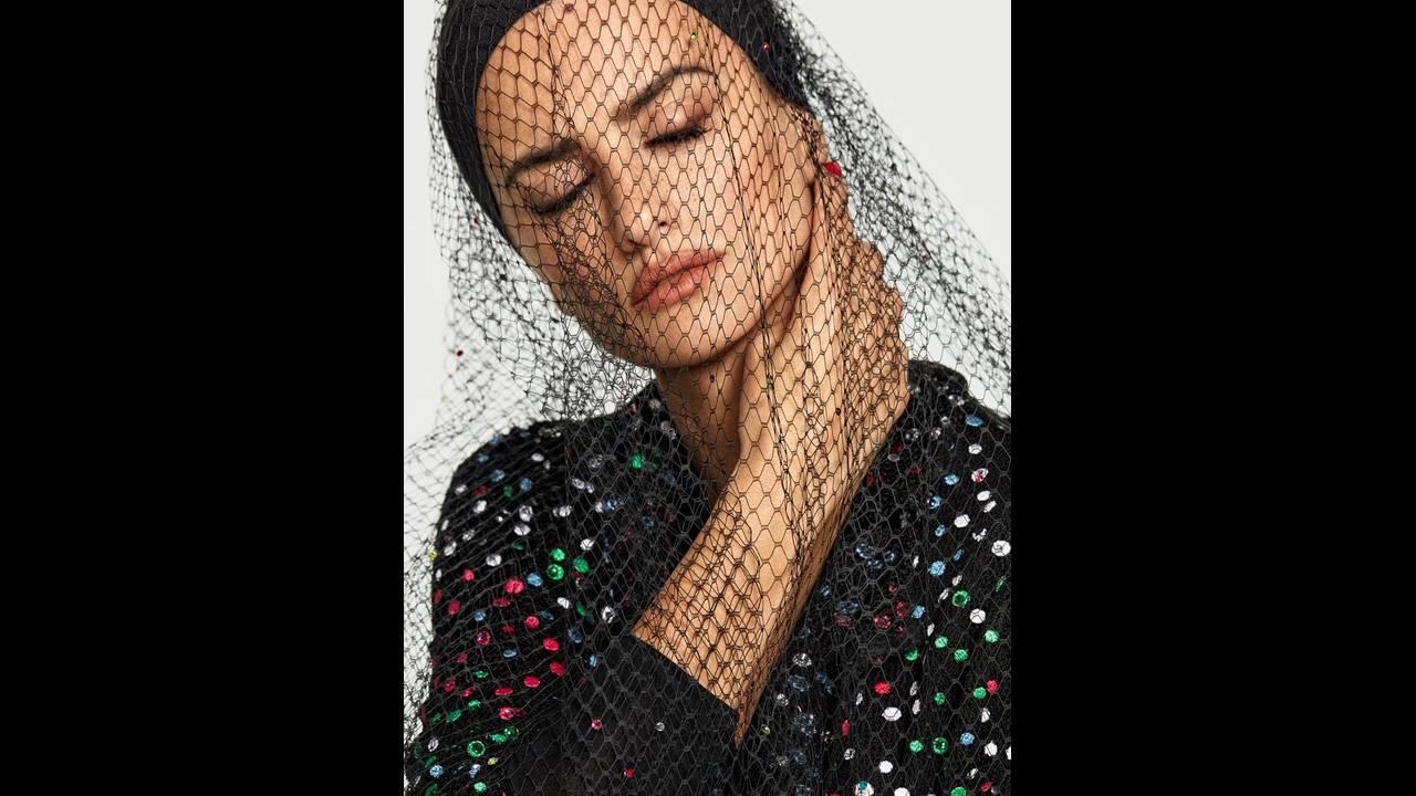 https://cdn.cnngreece.gr/media/news/2018/01/29/115393/photos/snapshot/Penelope-Cruz-Fashion-Shoot08.jpg