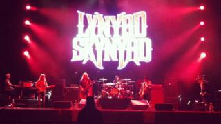 Lynyrd Skynyrd: ρίχνουν αυλαία 45 χρόνια μετά το ντεμπούτο τους με Kid Rock