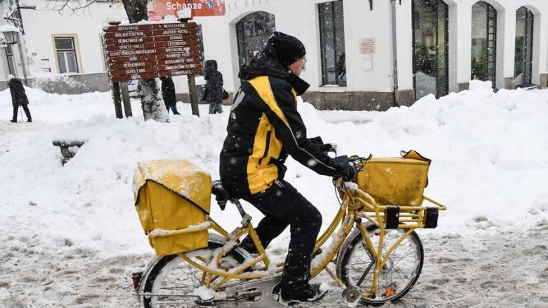 Ιταλία: Ταχυδρόμος «ξέχασε» να παραδώσει πάνω από 600 κιλά αλληλογραφίας