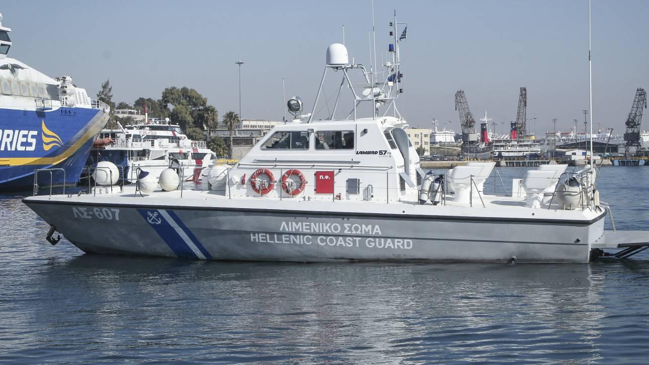 Σαμοθράκη: Διάσωση 13 ατόμων από ακυβέρνητο σκάφος
