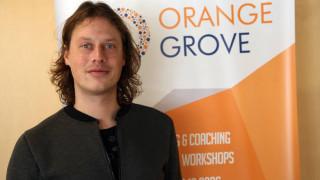 Ρόμπιν Σούιλ. Ο γκουρού του ηλεκτρονικού εμπορίου εκπαιδεύει Έλληνες Startuppers
