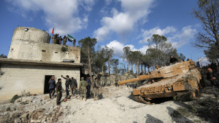Συρία: Εντείνει τις επιδρομές στο Αφρίν η Τουρκία