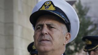 «Μάχιμος» ο αρχηγός ΓΕΕΘΑ: Έκανε άλμα με αλεξίπτωτο και επιχειρησιακή κατάδυση