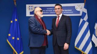 Παπαστράτος σε λιμενικό: Δωρεά πέντε υπερσύγχρονων φουσκωτών αξίας 2,4 εκατ. ευρώ